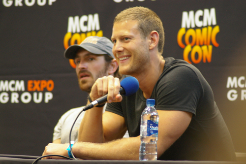 The lovely Tom Hopper (Sir Percival).